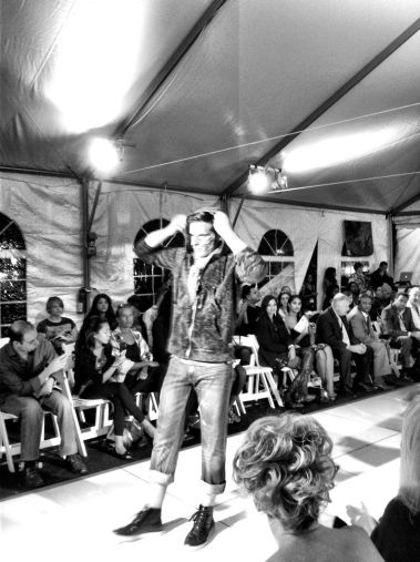 New jersey fashion week at #Hoboken a chance on my walk #iphoneography #photography #fashion