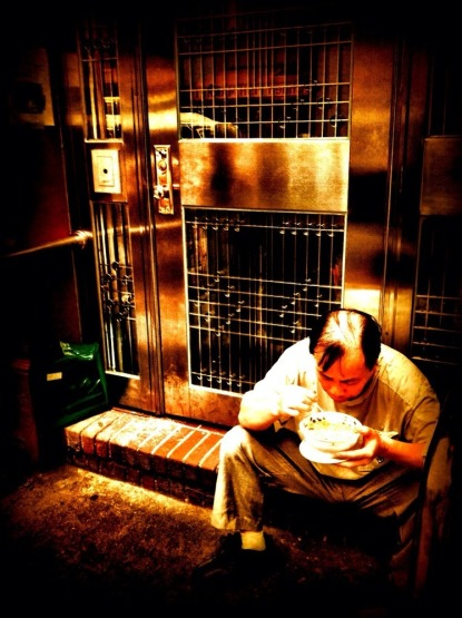 Time for a hot bowl of noodles #iphoneography #photography #chinatown #NYC