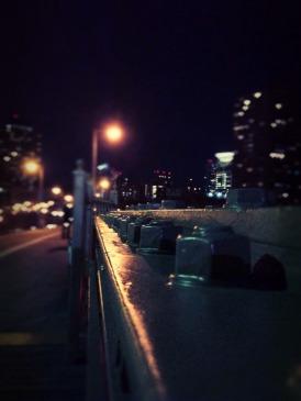 A night walk across the Brooklyn bridge #NYC #iphoneography #photography
