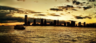 As the sun sets over jersey city, as seen from #NYC #iphoneography #photography #panorama