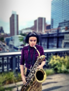 High notes on high line, a street artist plays sax on the high line park #nyc #iphoneography #photography