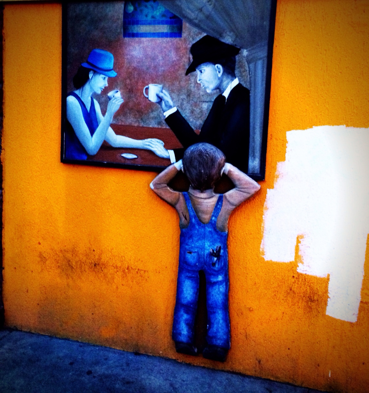 The kid at the window #Iphoneography #photography #streetart
